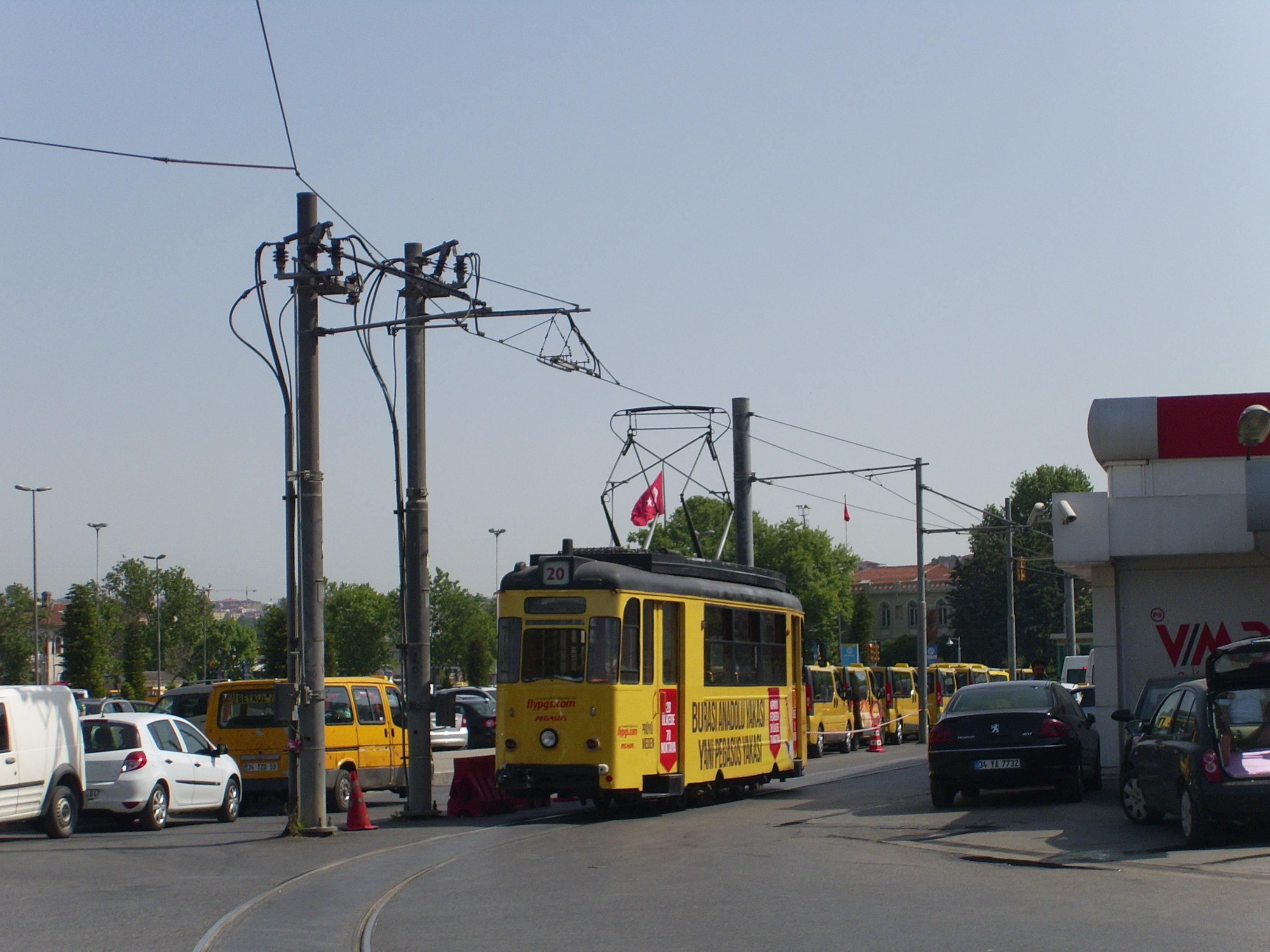 Nostalgic Tram Moda